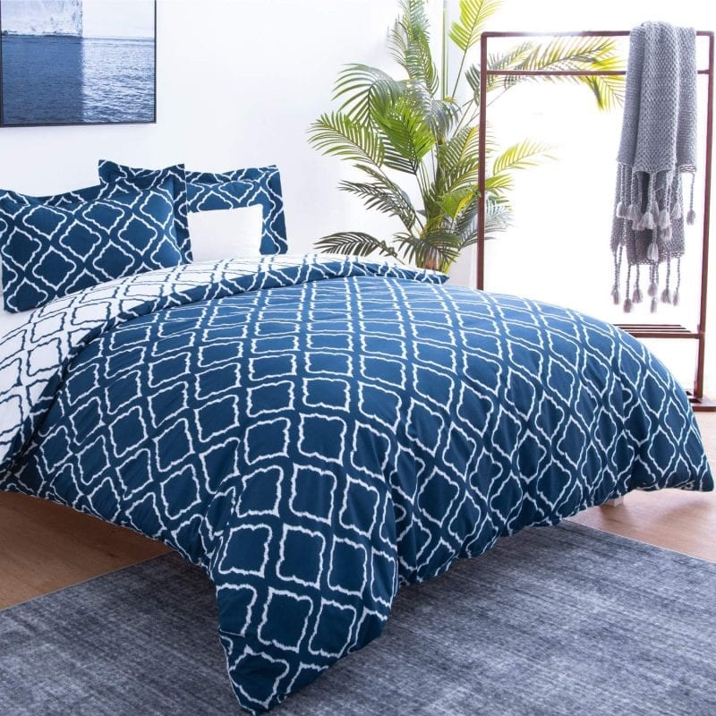 Bedsure Duvet Covers 3 pc set Queen/Full Size Navy Reversible